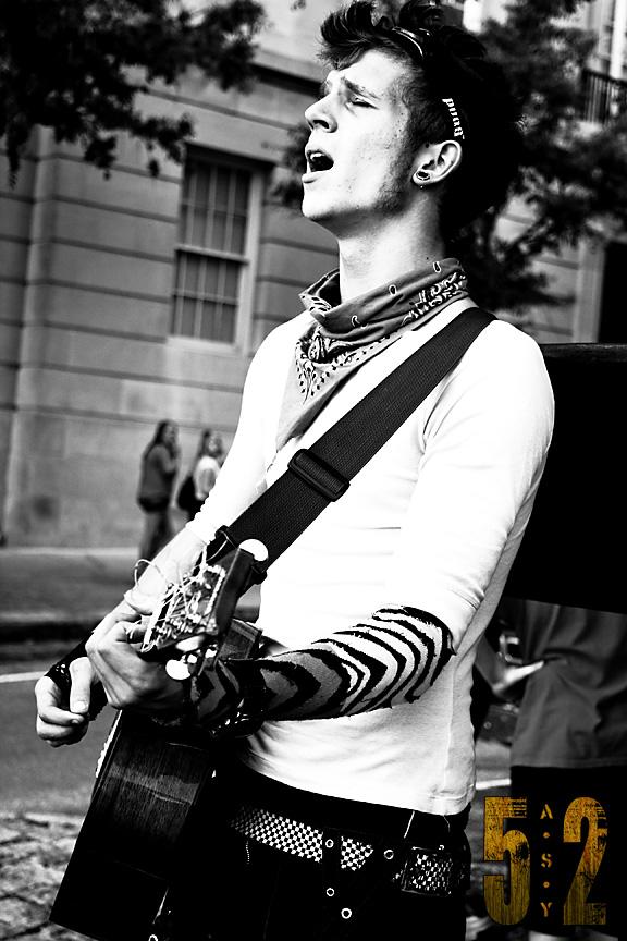 Gibbi the Homeless Guitarist
